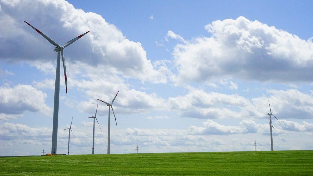 Come viene prodotta l'energia elettrica in Italia e nel mondo?